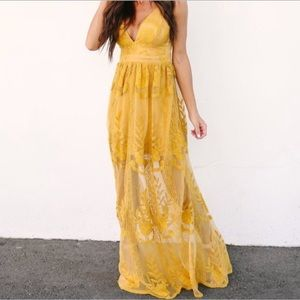 Lace plunge front maxi dress- mustard sz S NWT